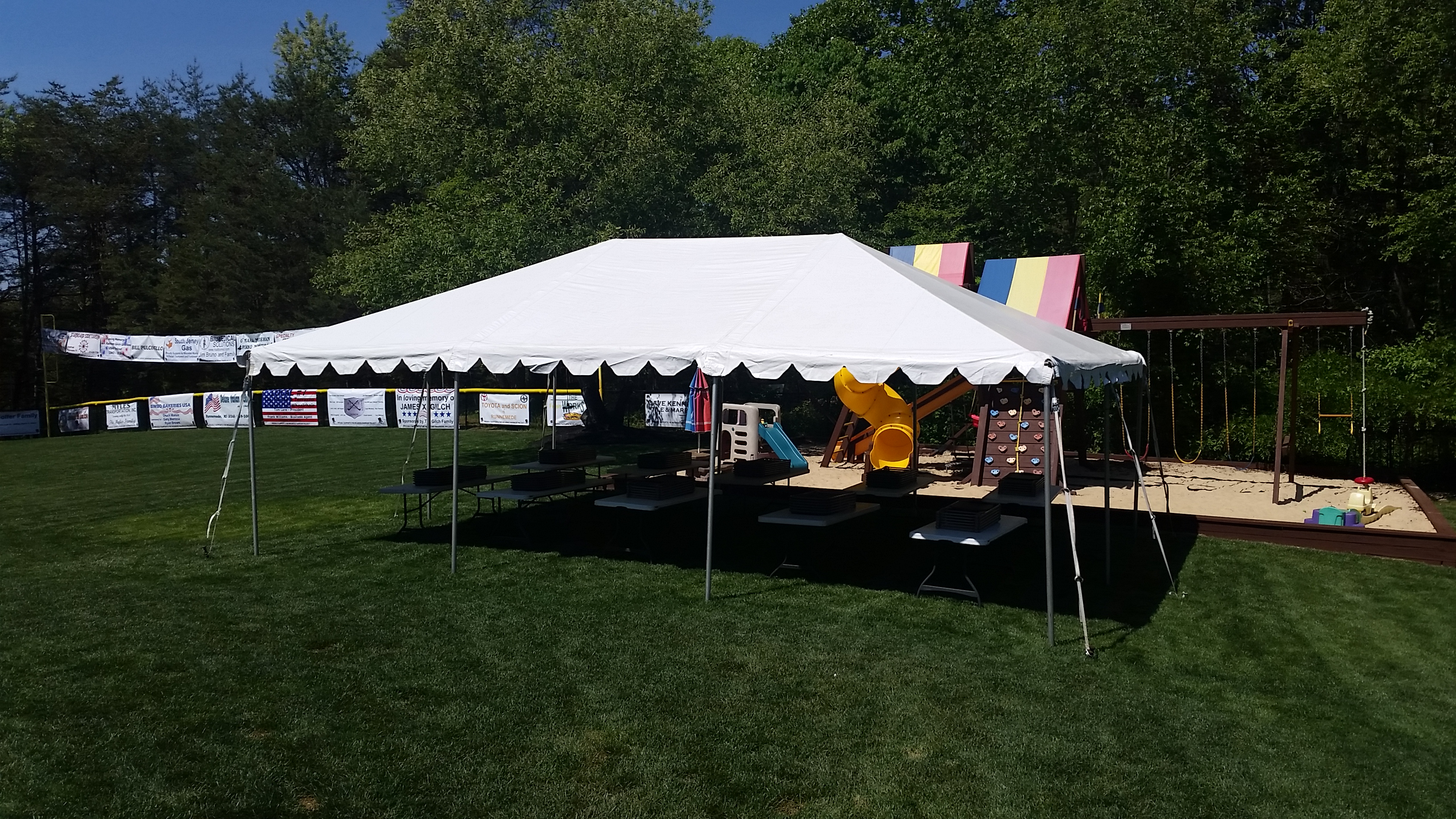Wedding tents for 300 people - No Center Poles